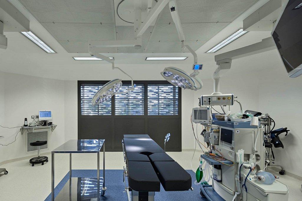 Clinique-Rhena-33-GSatre-non-libre-de-droits.jpg