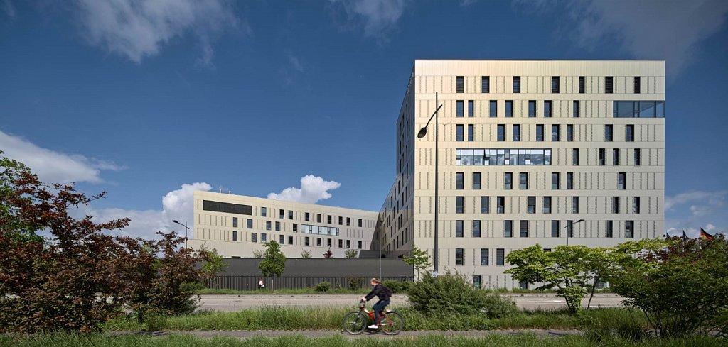 Clinique-Rhena-13-GSatre-non-libre-de-droits.jpg
