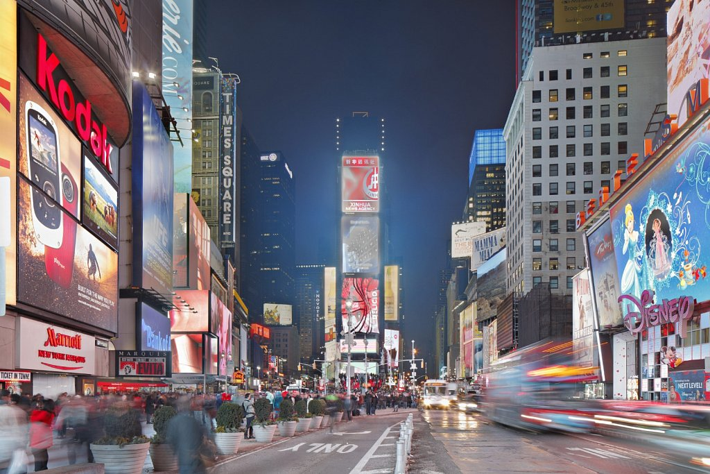 New-York-Time-Square-01.jpg