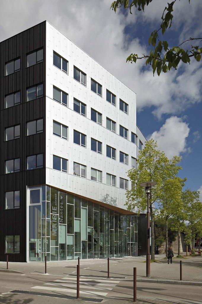 Pole-Viviani-Mairie-Annexe-05-GSatre-non-libre-de-droits.jpg