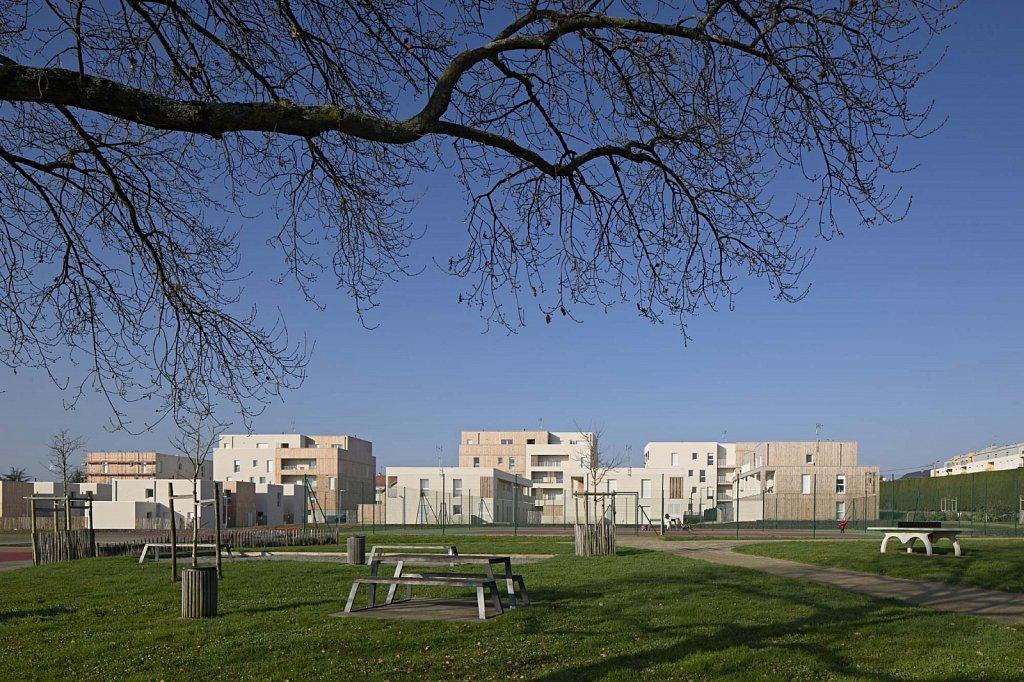 SAINT-HERBLAIN-Amarena-38-GSatre-non-libre-de-droits.jpg